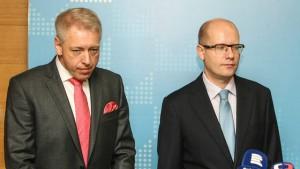 Ministr Milan Chovanec bude mít co vysvětlovat.