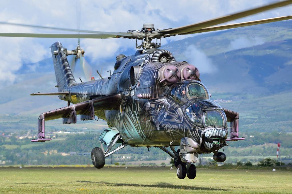 0ff6ffb3c Který vrtulník nakonec nahradí ruský Mil Mi-24 (na obrázku)? Schyluje se k  nákupu amerických Black Hawků. Foto: army.cz