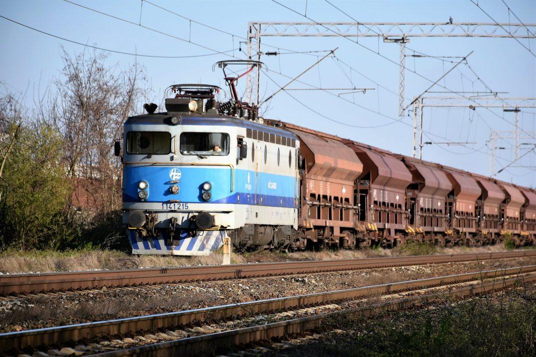 vlak, železnice, nákladní doprava